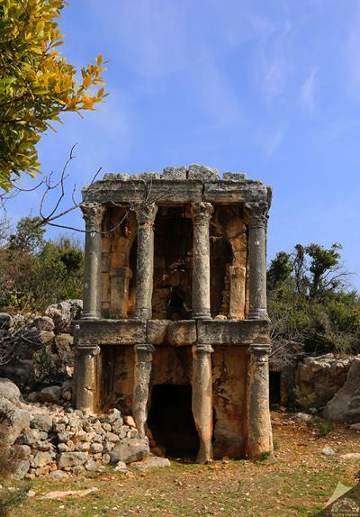 Mersin Demircili Kral Mezarları
