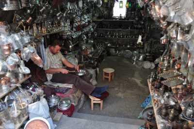 Bakırcılar Çarşısı-Bakır Ustası ve Bakırcı Dükkanı, Fotoğraf: Baki ATEŞ