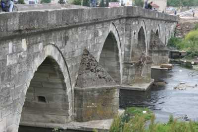 Lüleburgaz Sokullu Mehmet Paşa Köprüsü (1569-1570)