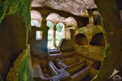 Titus Tüneli ve Beşikli Mağara