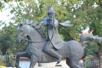Süleymanpaşa Heykeli